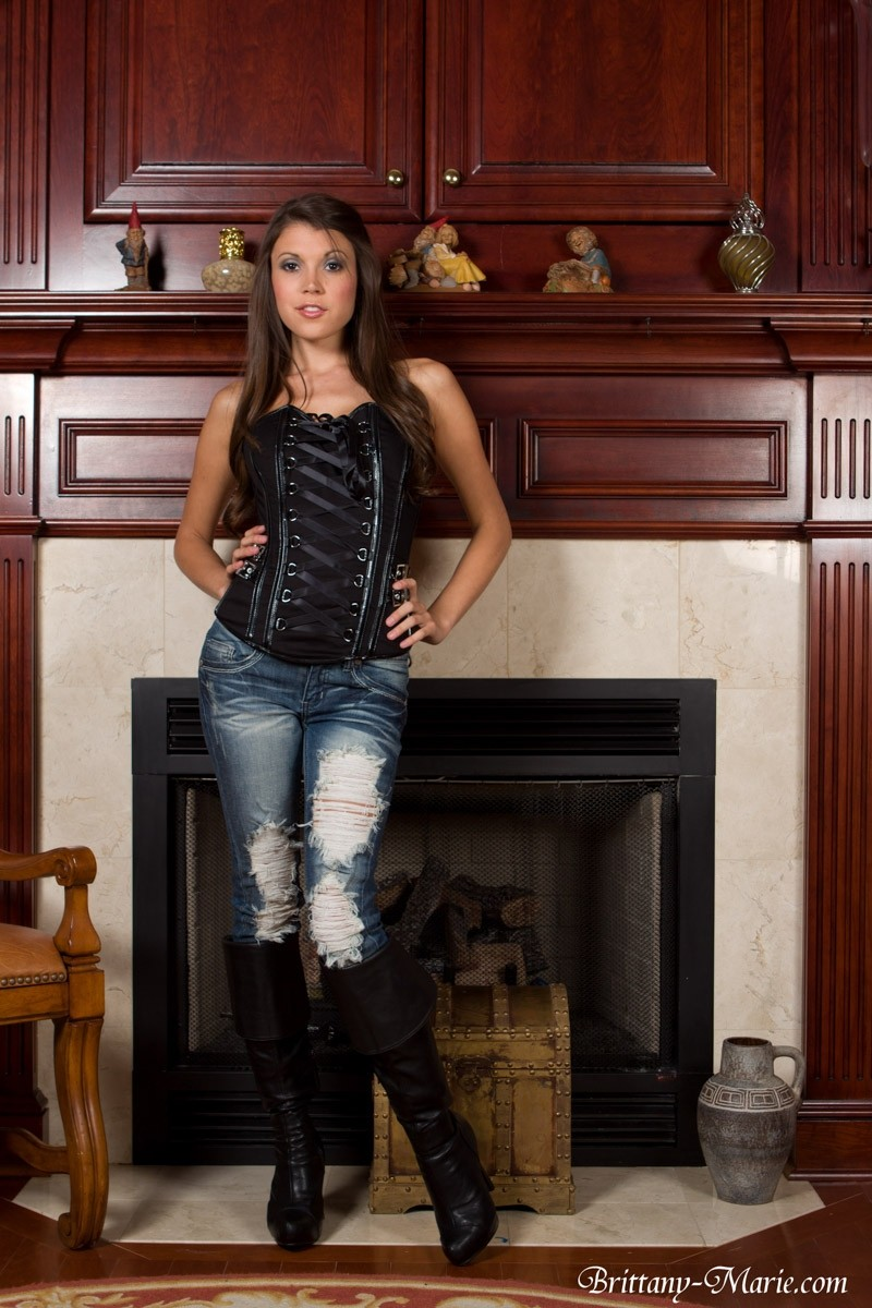Brittany Marie Tight Corset And Jeans-9682