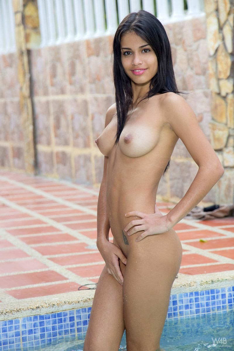 Denisse Gomez Gets Wet-3542