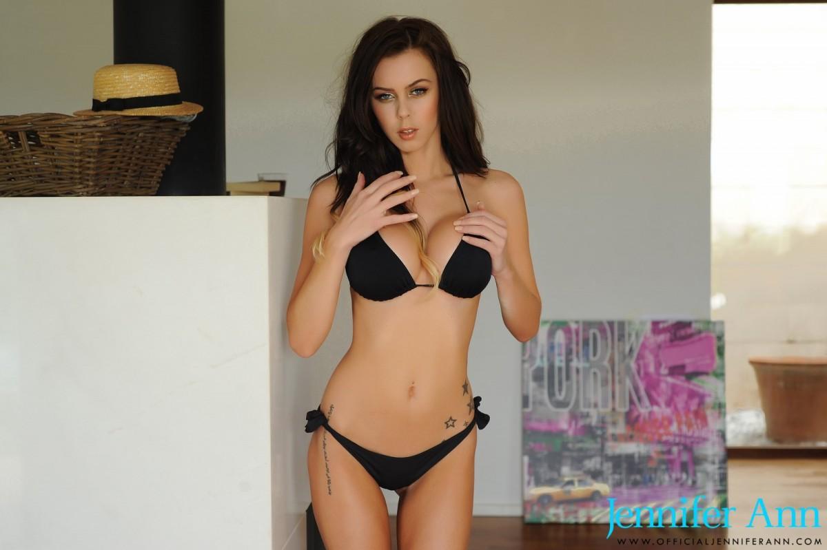 Bikini brunette gallery