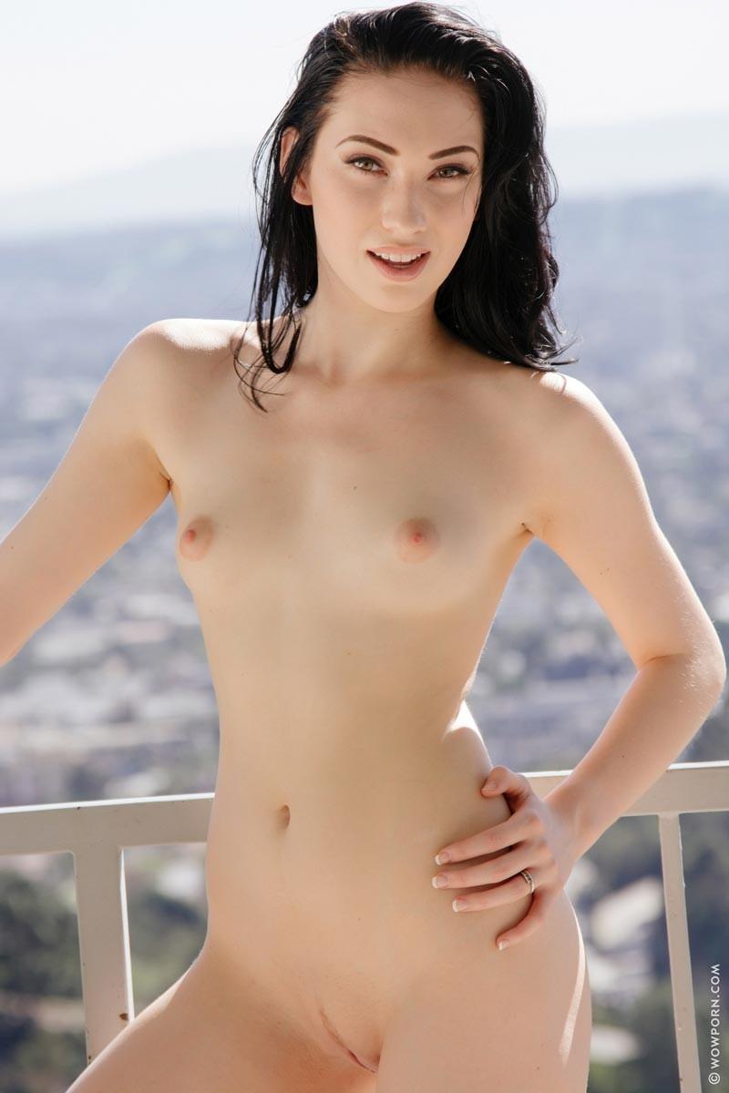 hairy blonde girlfriend nude