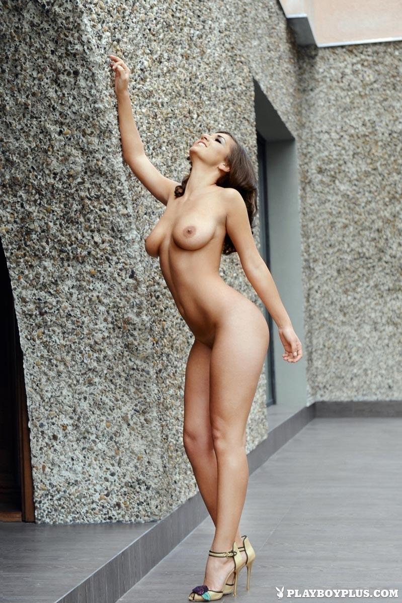 Nude Top 50