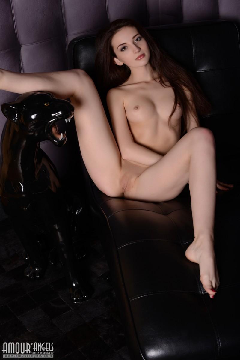hot babe virgin nude