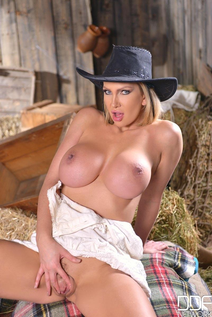 Nude lesbian cowgirls question