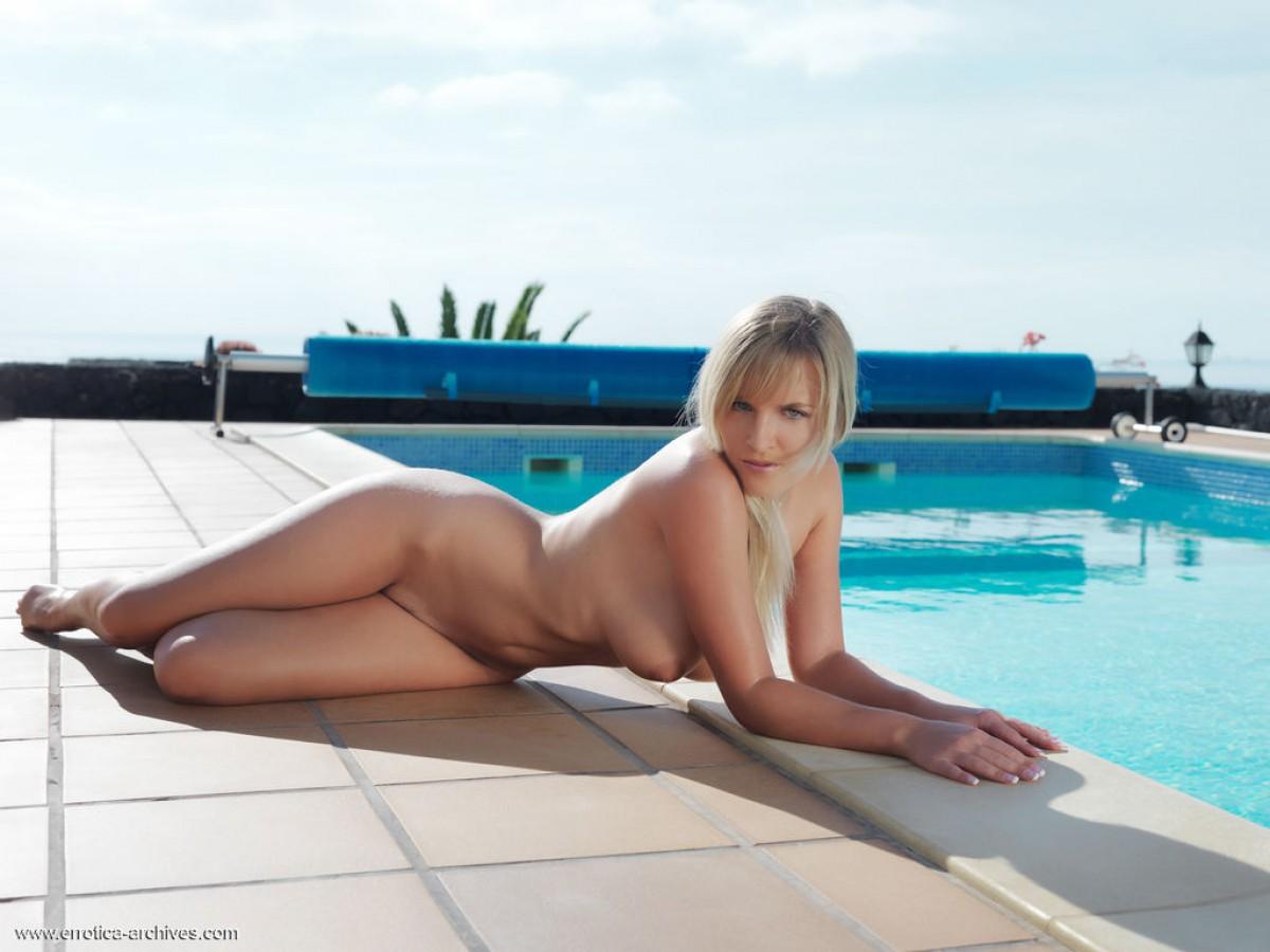 busty girls nude in pool