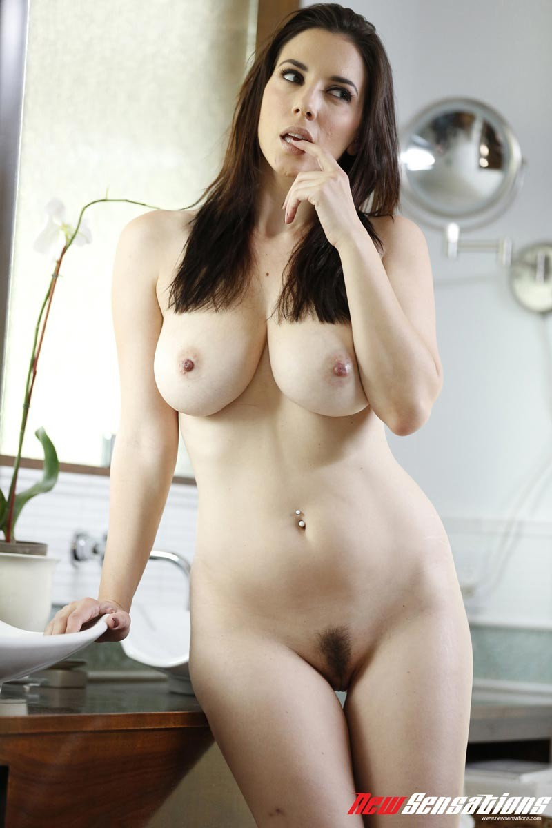 nude girls boobs pussy and face