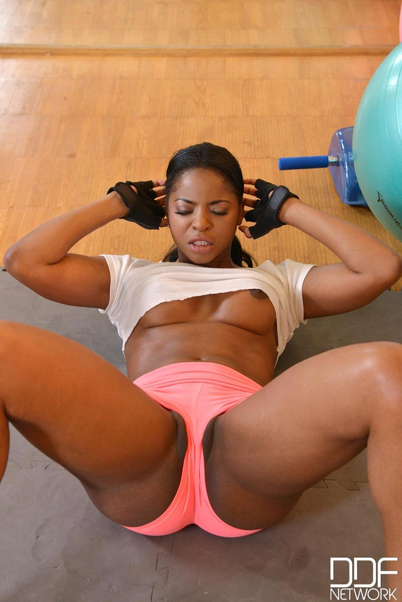 Ebony fat pussy galleries