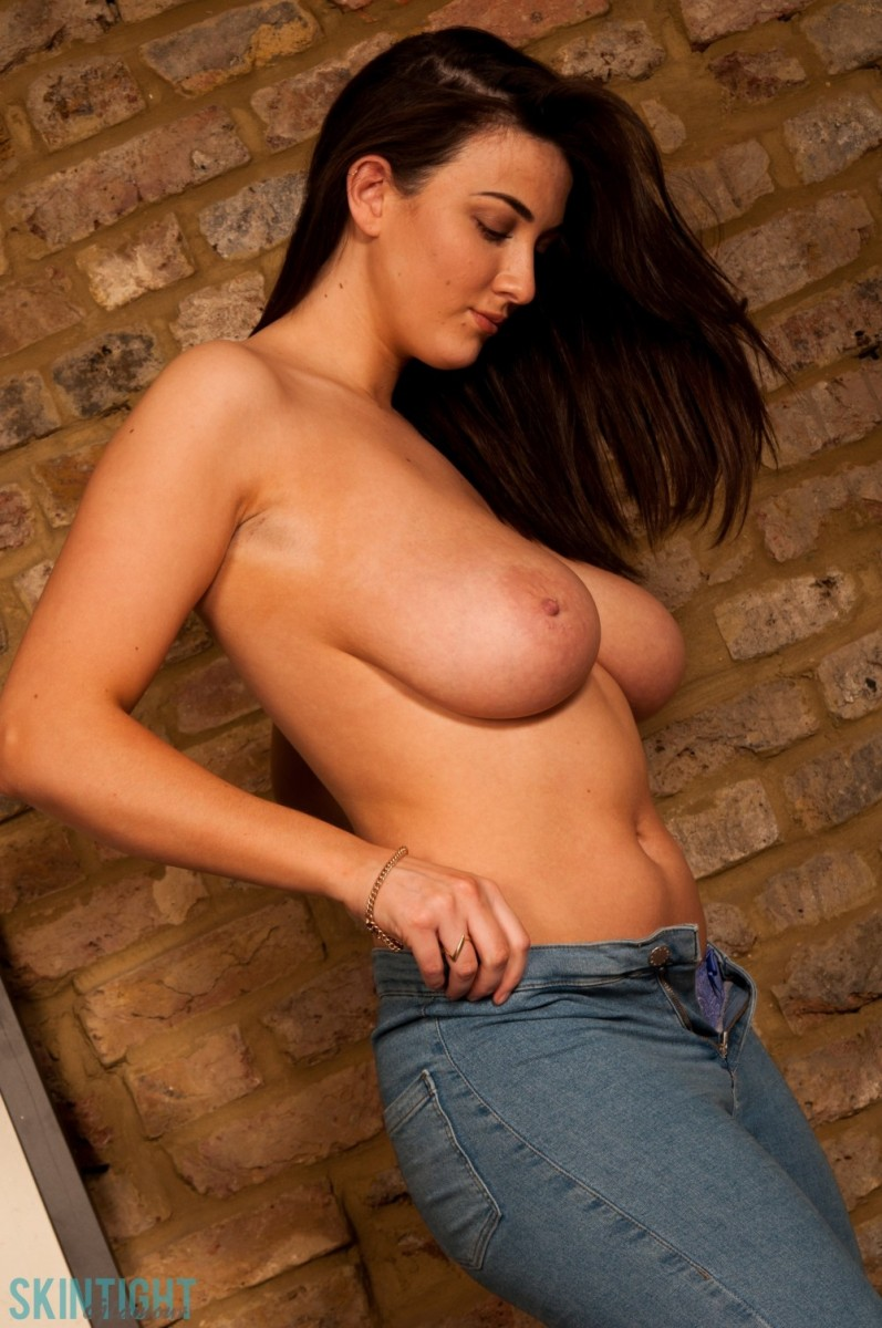 Huge natural tits slim body-6543