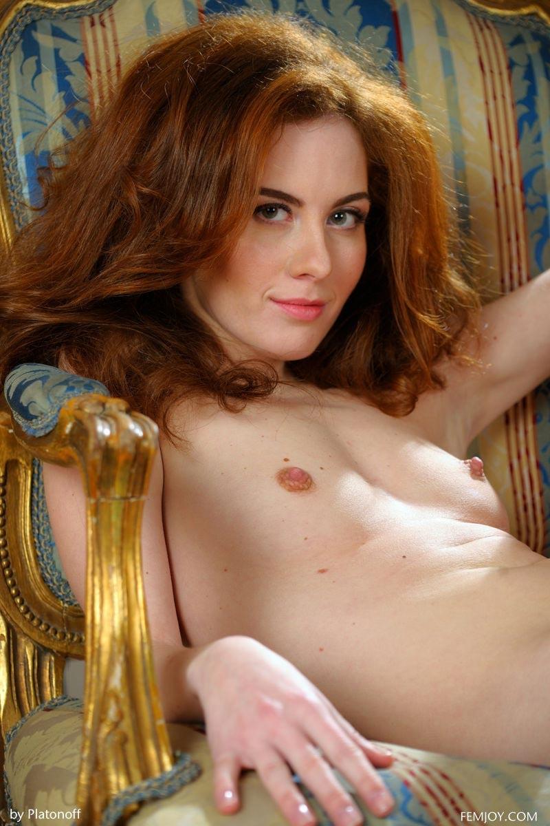 Sexy redhead nude free thumbs