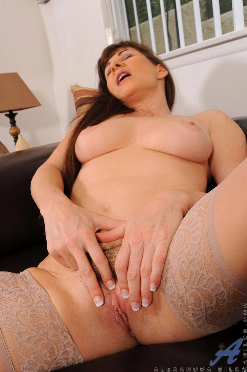 Alexandra Silk Masturbates In Stockings-1360