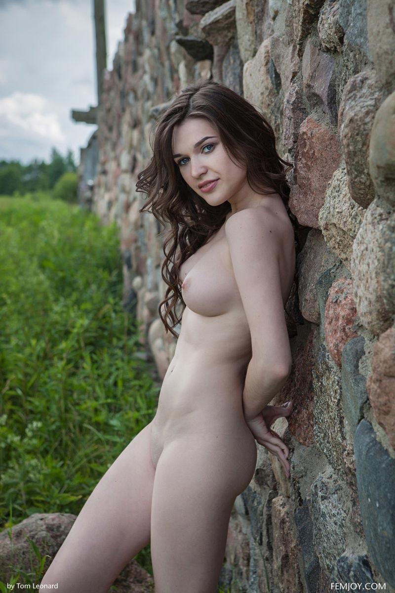 Serena Wood Pale Outdoor Goddess-8245