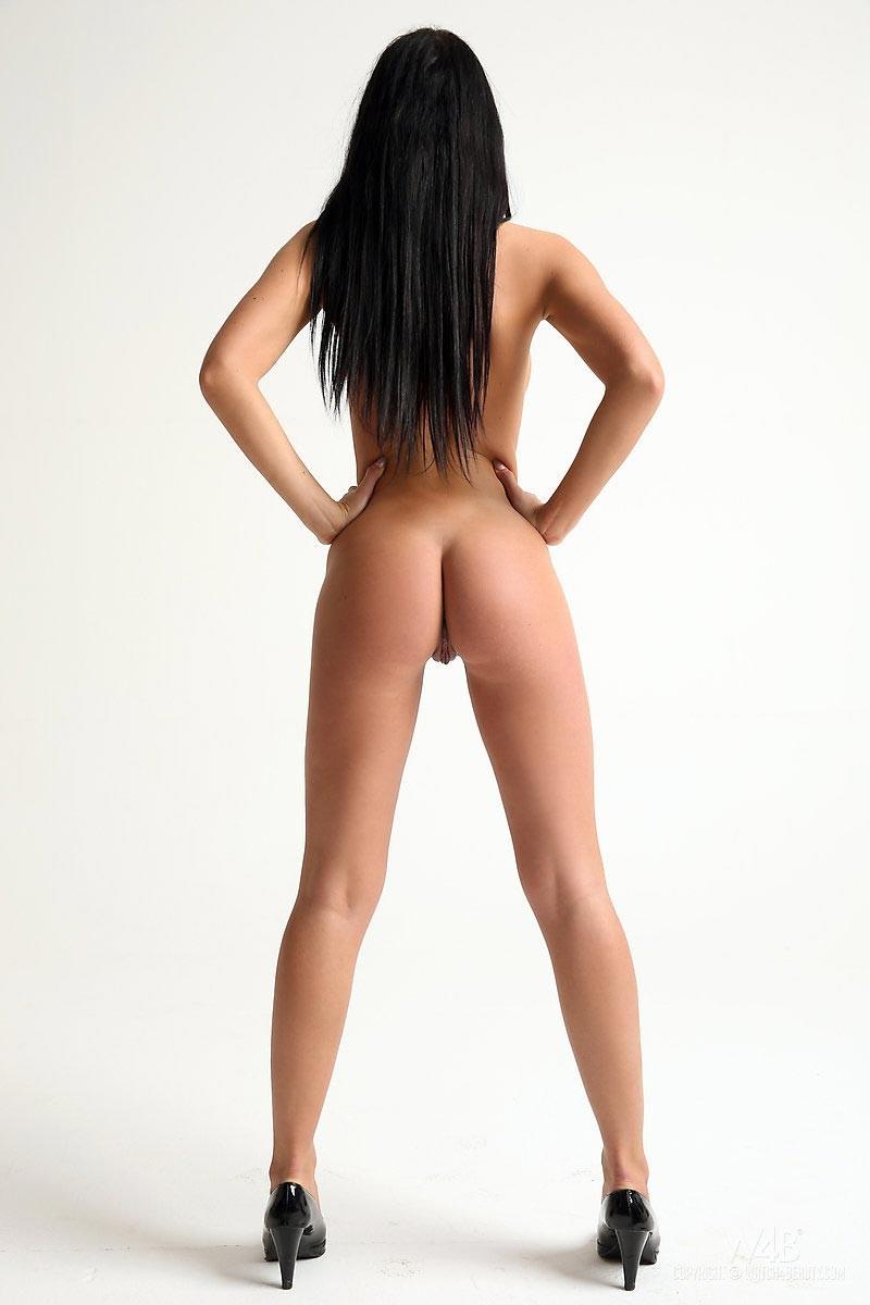 Ebony hottie takes 3 loads up her sweet ass 2