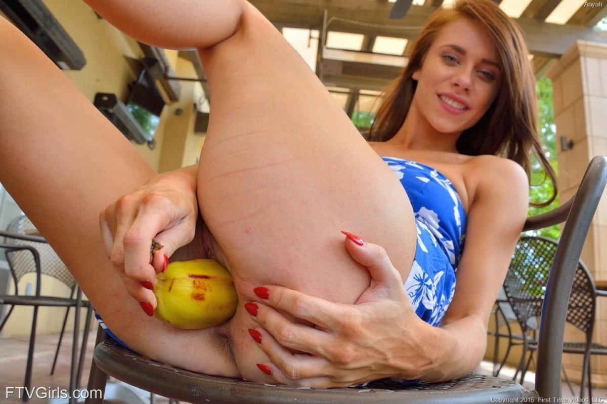 hard xxx vidios womenpusy with fruit