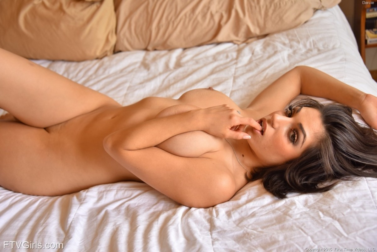 Darcie Dolce Shows Hot Curves-7321