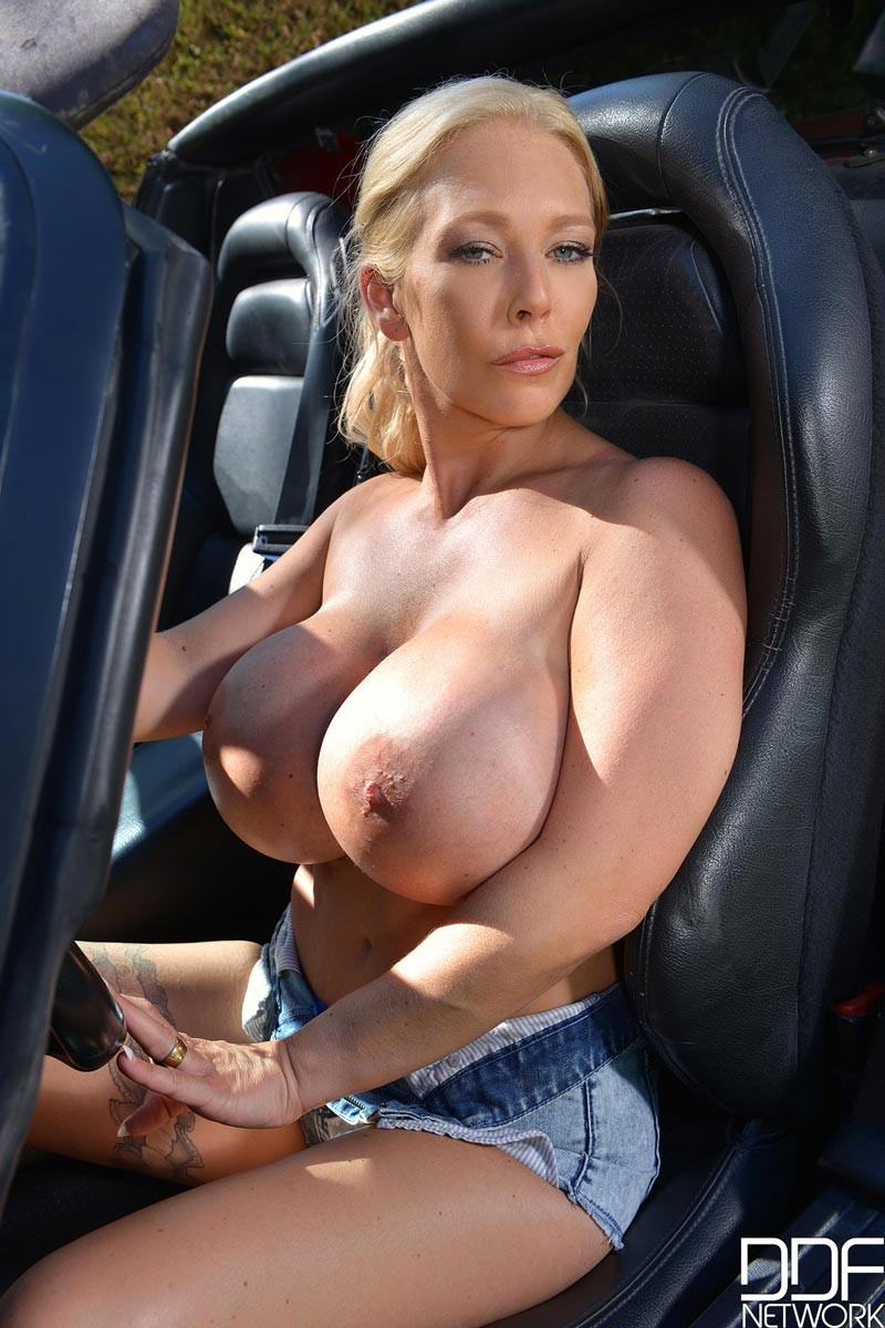 Blonde huge titis nude apologise, but