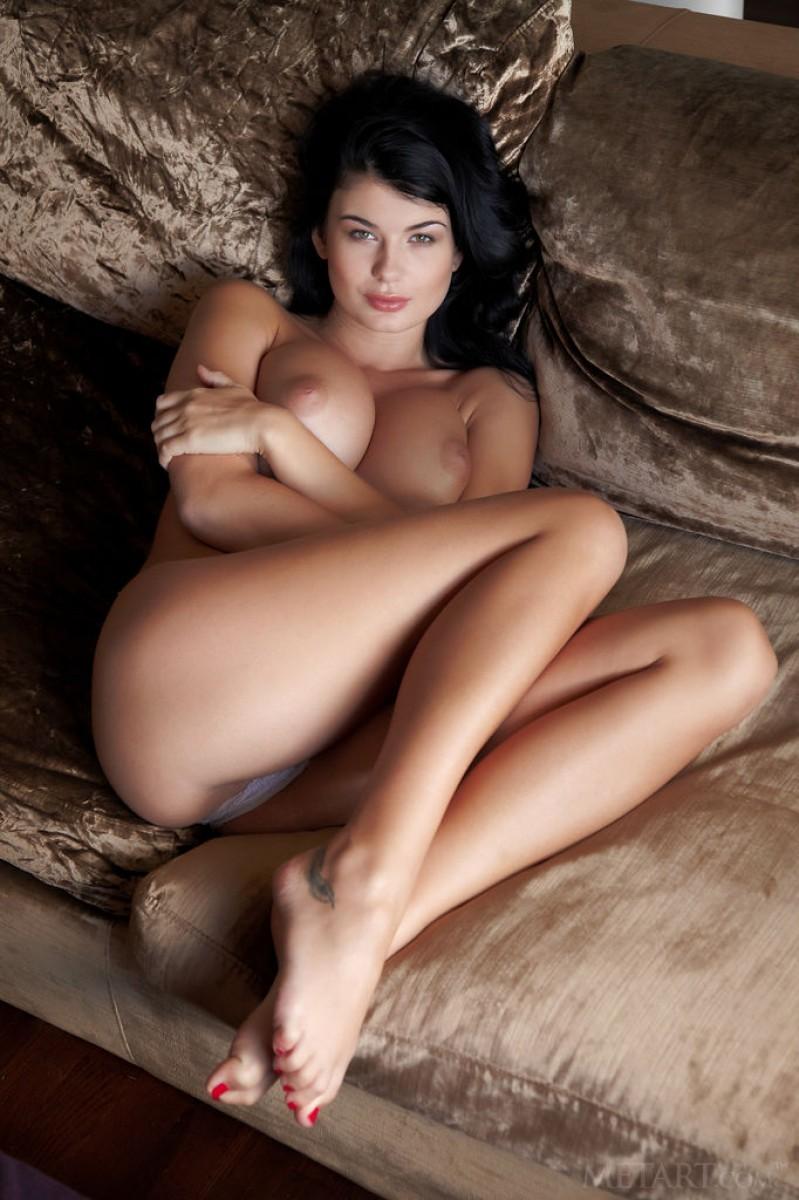 big tits brunette Nude