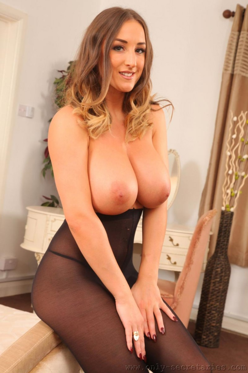 image Pantyhose big tits brunette yes please