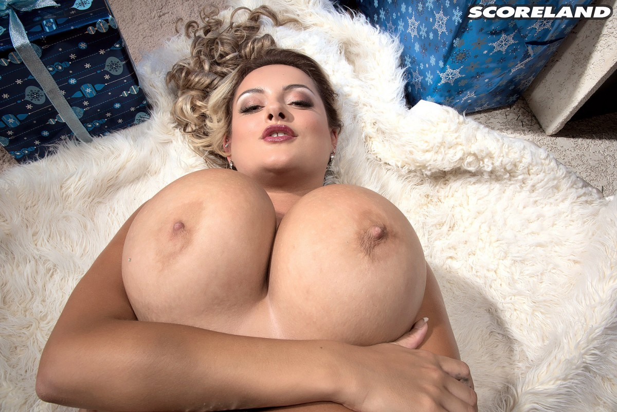 Big busty babe dani amour gets dirty 9