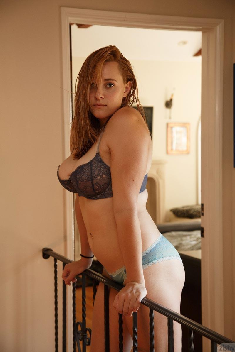 amatuer curvy women nude