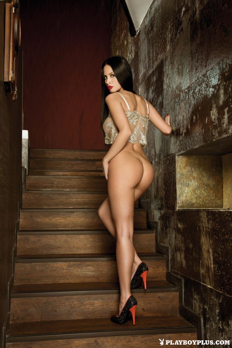 Hot Romanian Model Eleni Corfiate Nude-8431