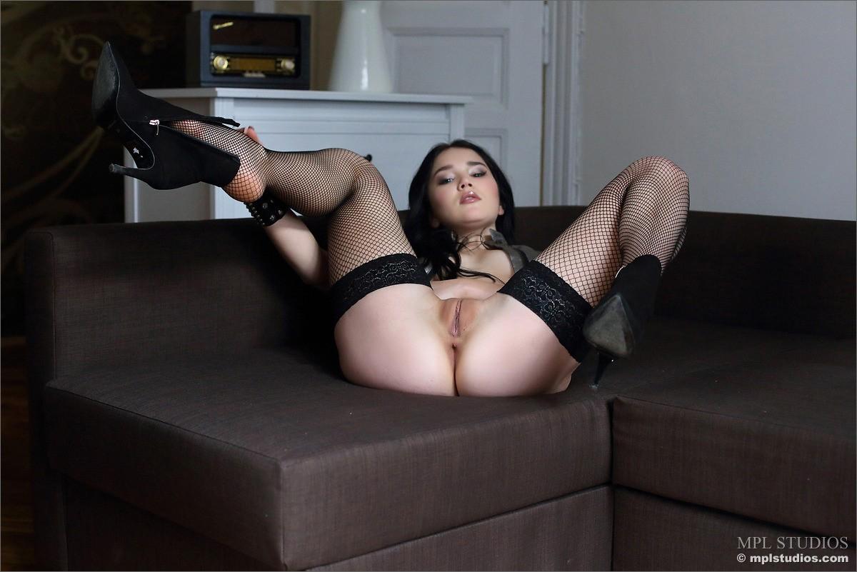 nude male stripper bangkok