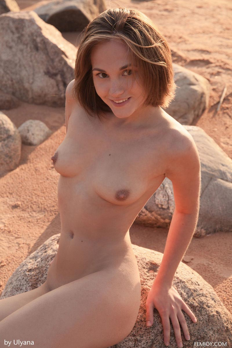 Petite Naked Beach Hottie-2885