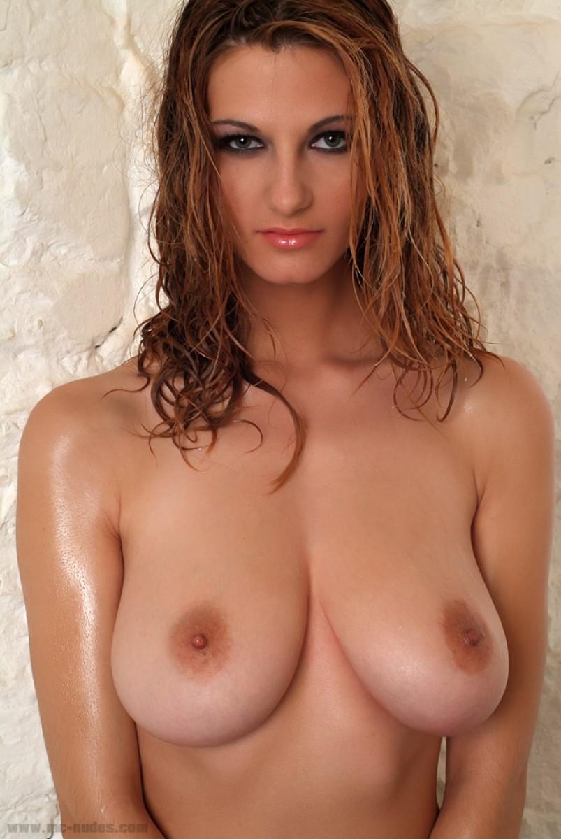 curvy actresses and models