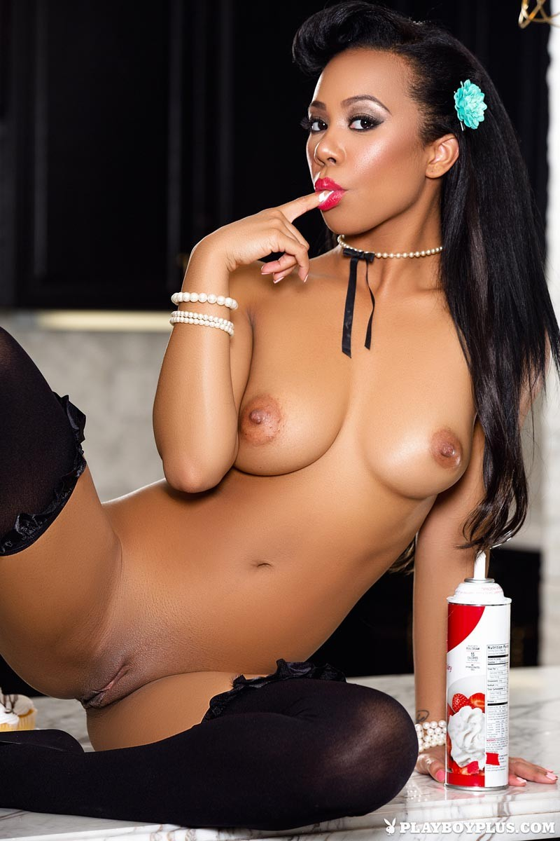 Black hottie nikki ford is swallowing some white dick - 2 1
