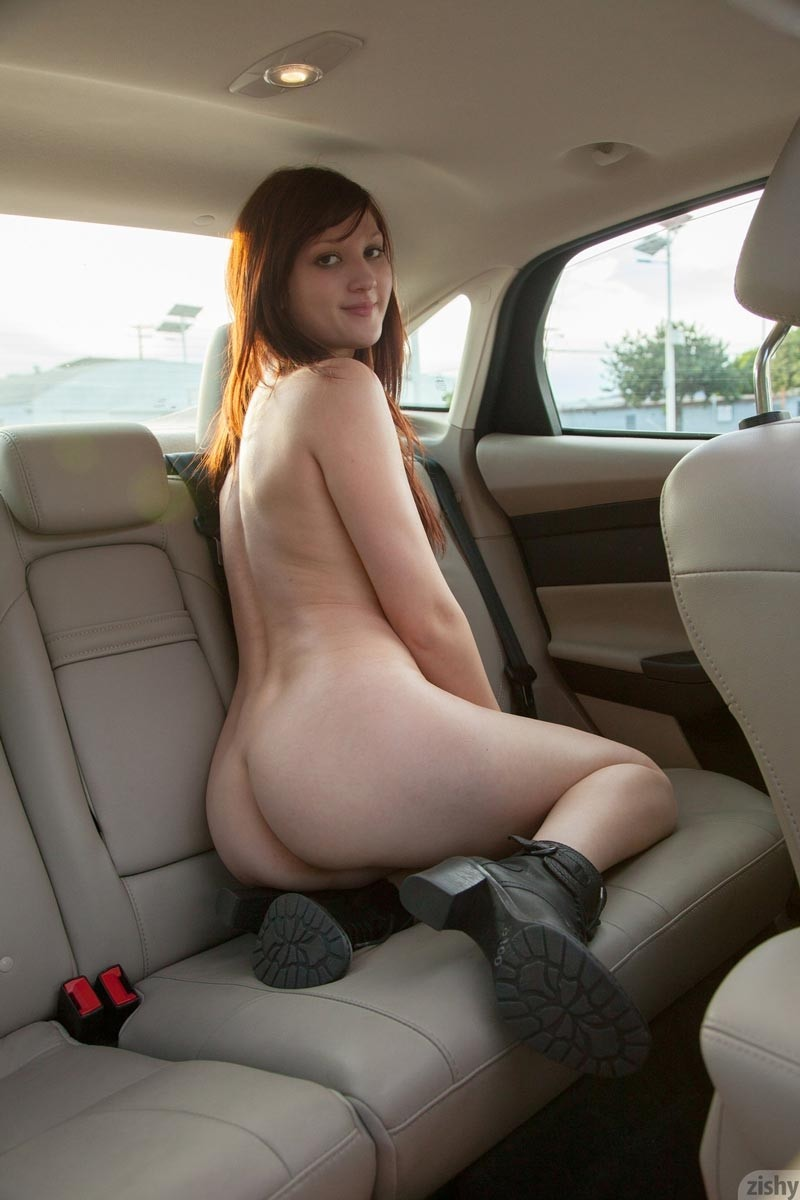 Perky Ellena Woods Strips In A Car-2818