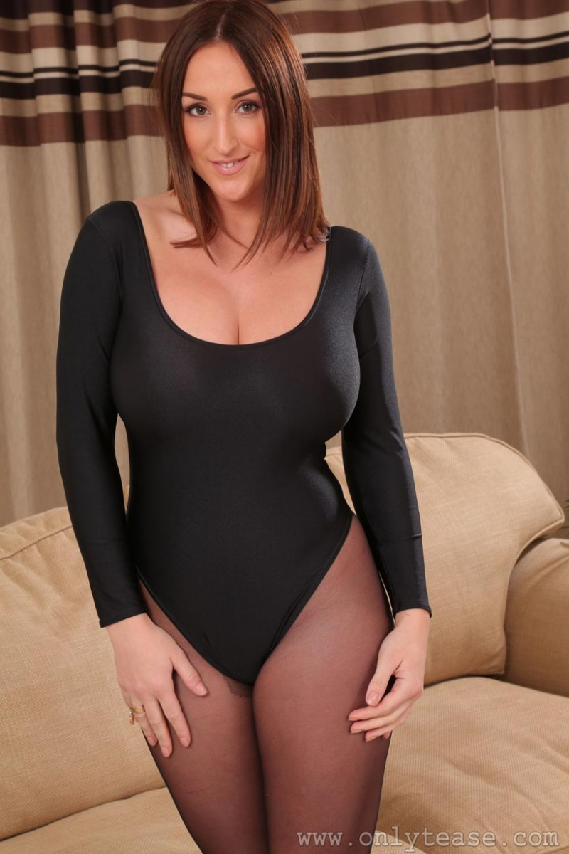 Stacey Poole Monster Tits Exposed-1597