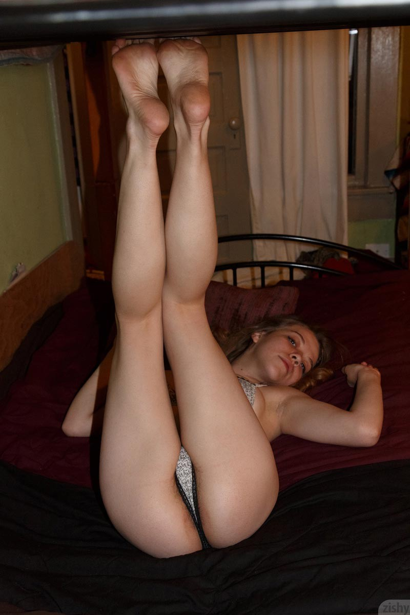 Amateur blonde and brunette lick each other - 2 part 6