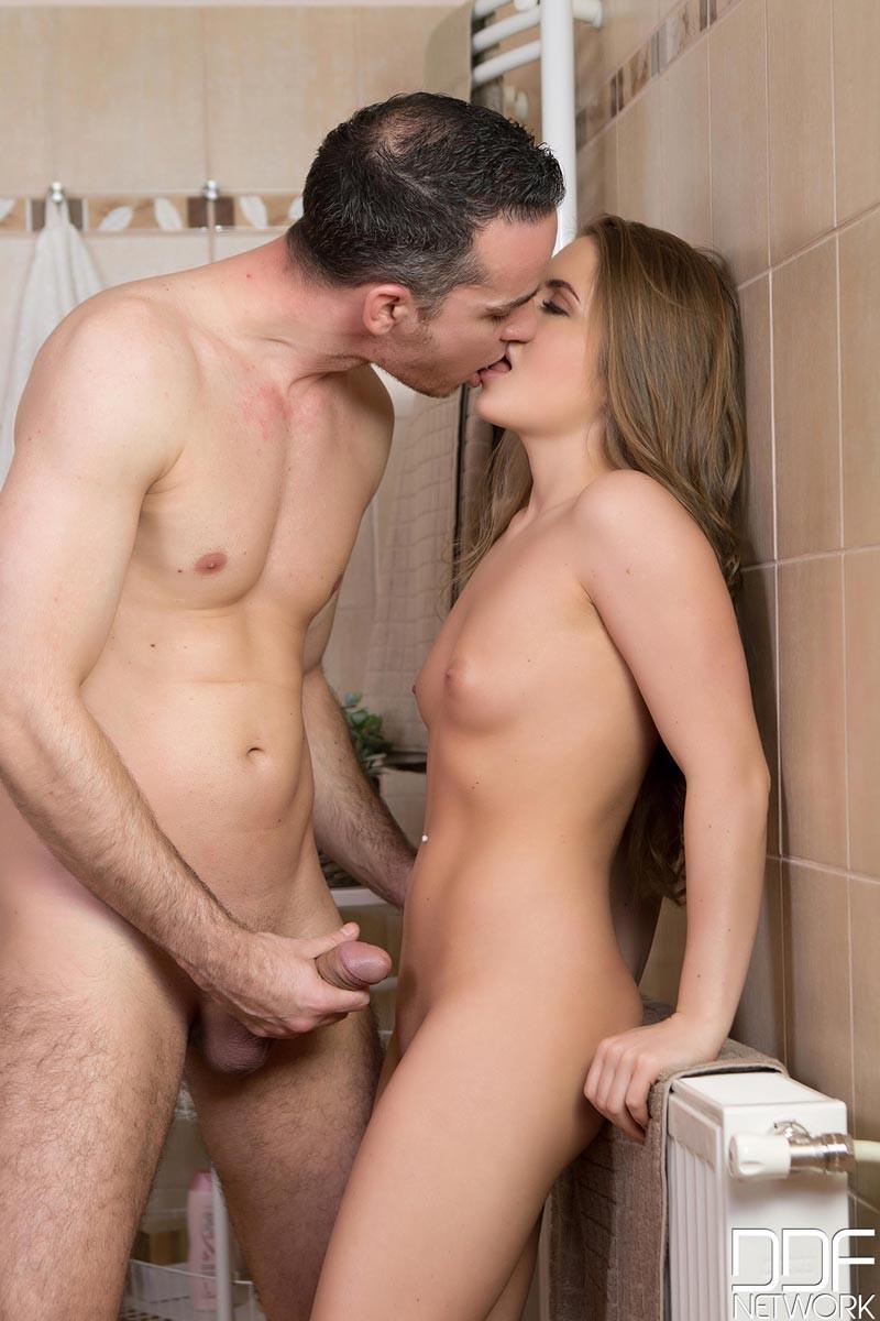 nude woman fucked bath