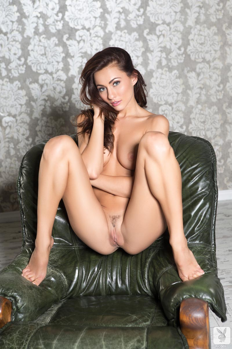 naughty sexy nude strippers