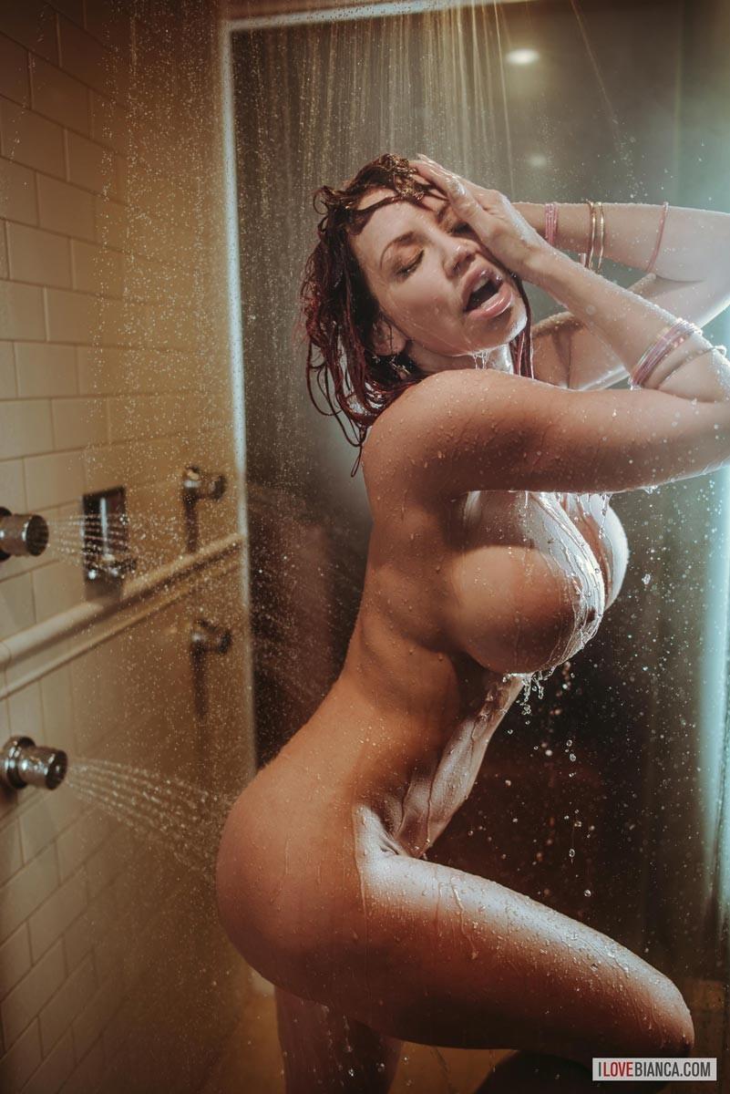 Naked girl in shower video
