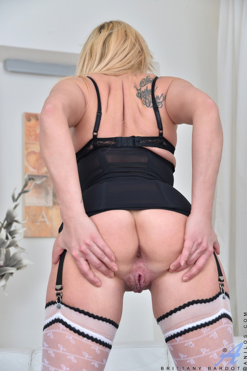 Hot milf and her younger lover 27 - 1 part 10