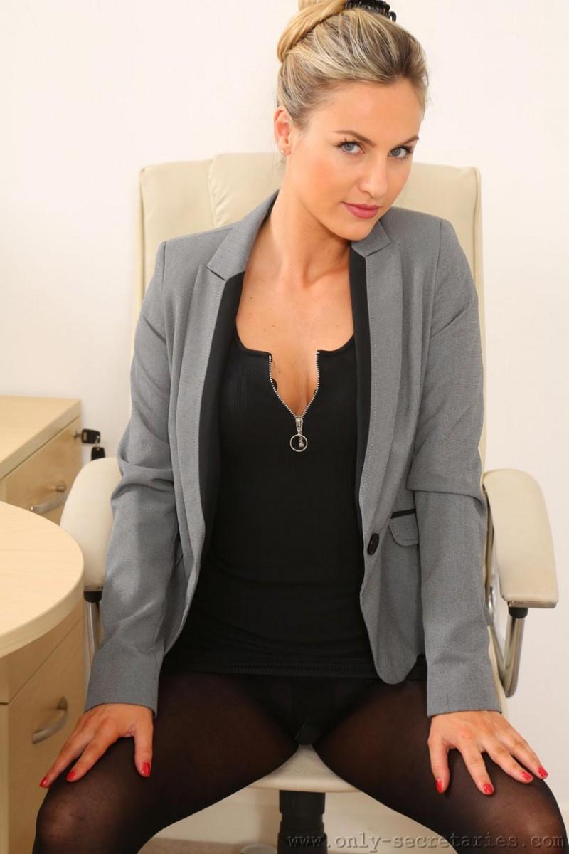 Natasha Anastasia Secretary In Pantyhose-1470