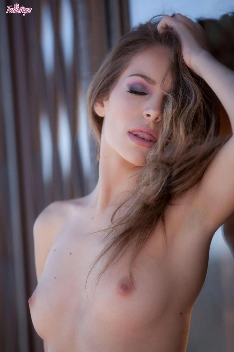 Kimmy granger stripping