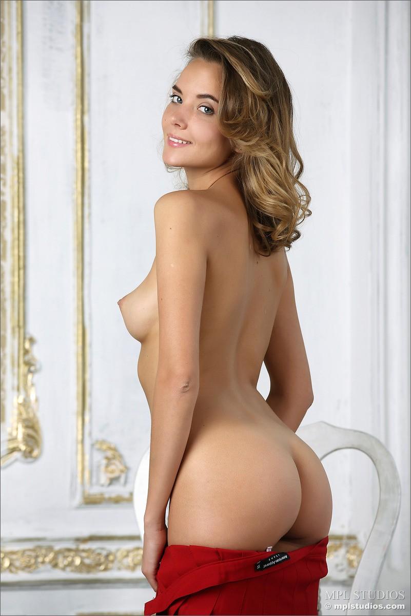 Nude girls websites