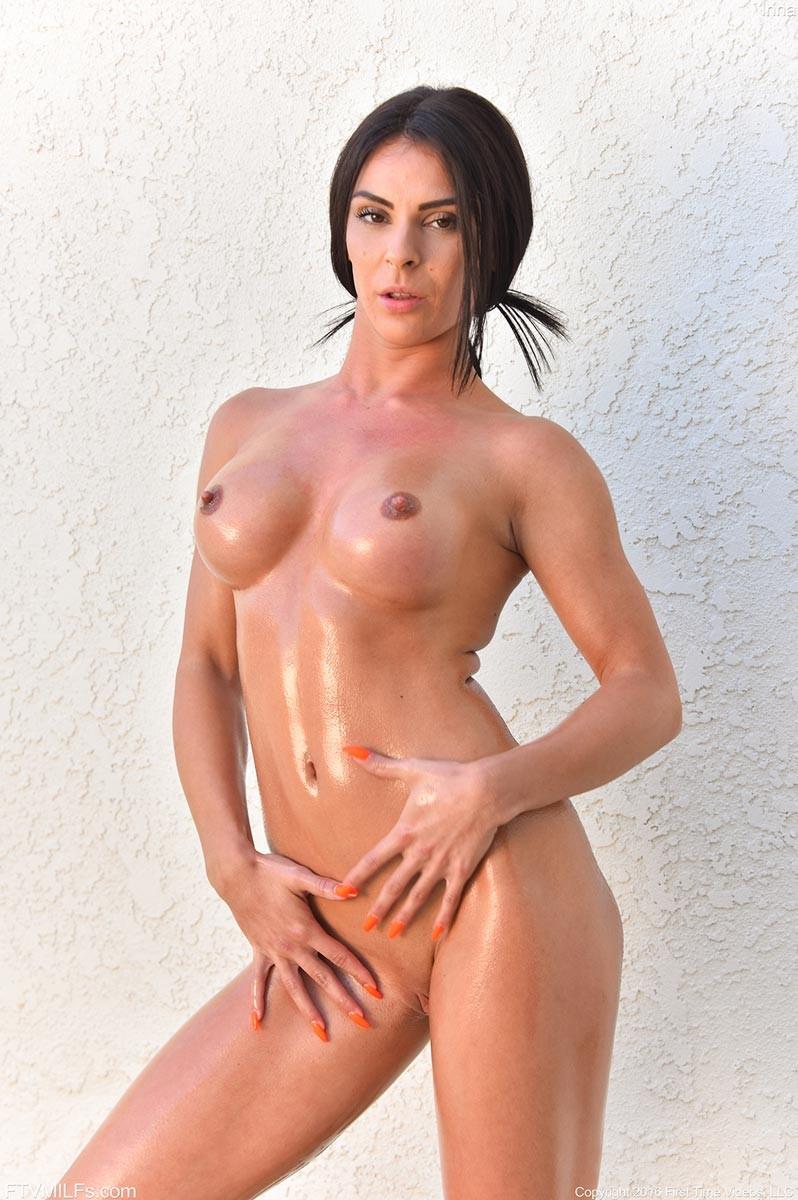 Hot naked oily girls-1620