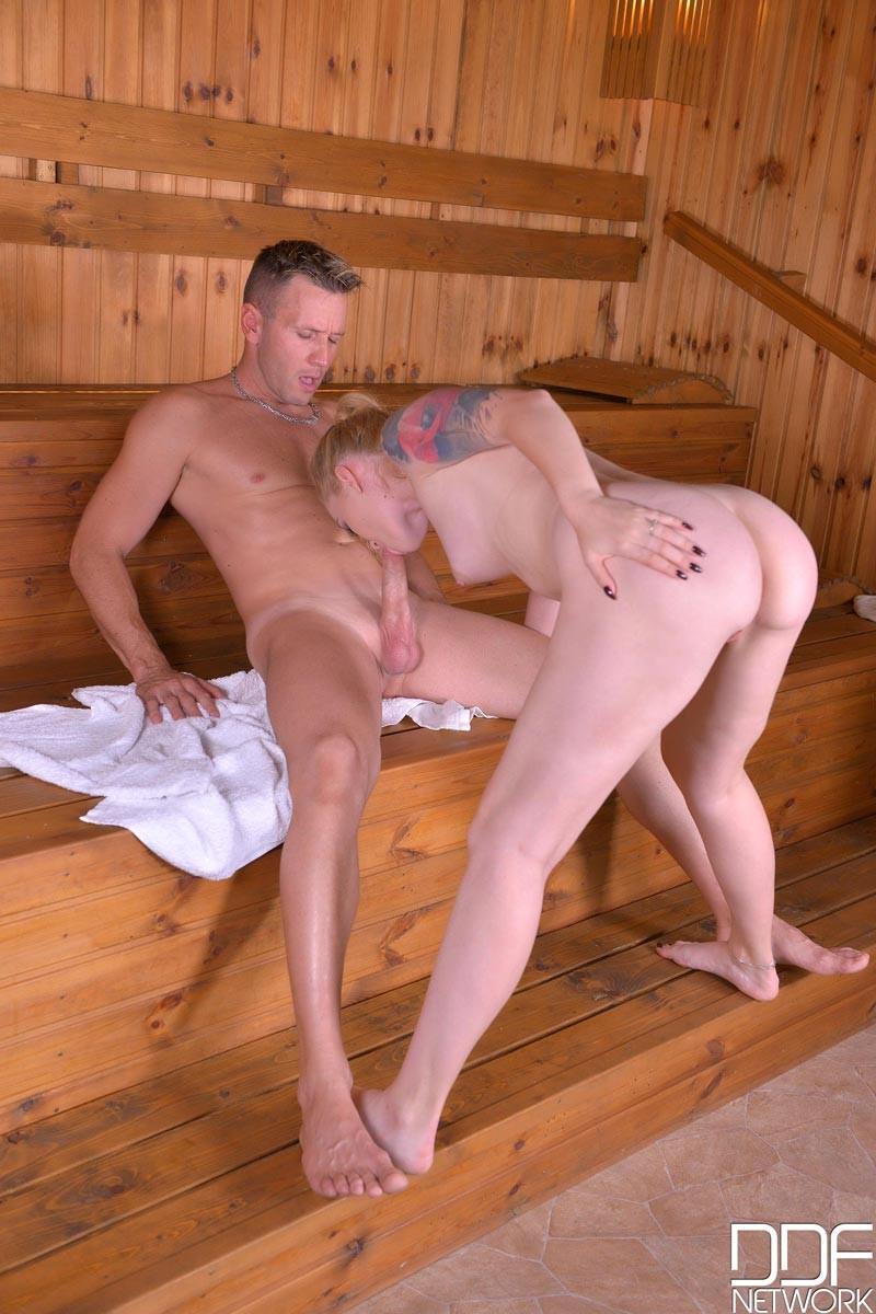 Blowjob Sauna