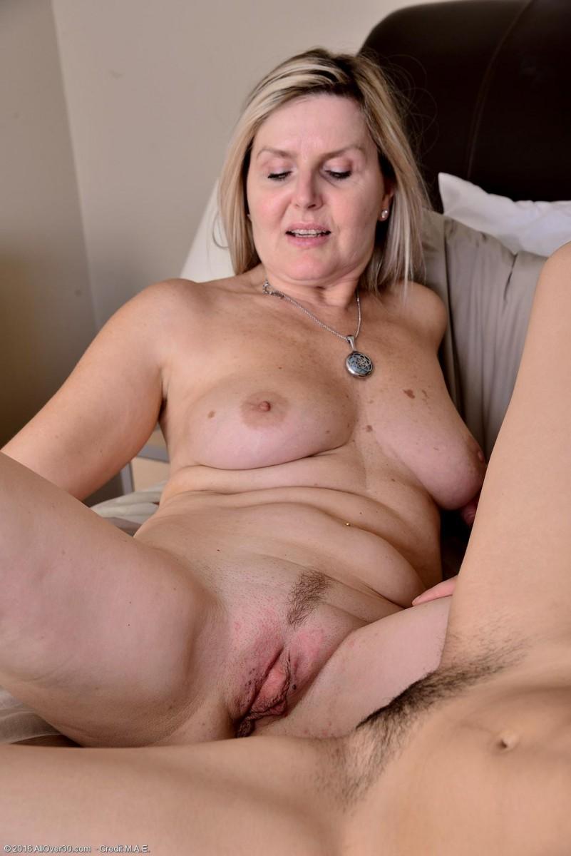 Velvet Skye Teasing with a Horny Cougar