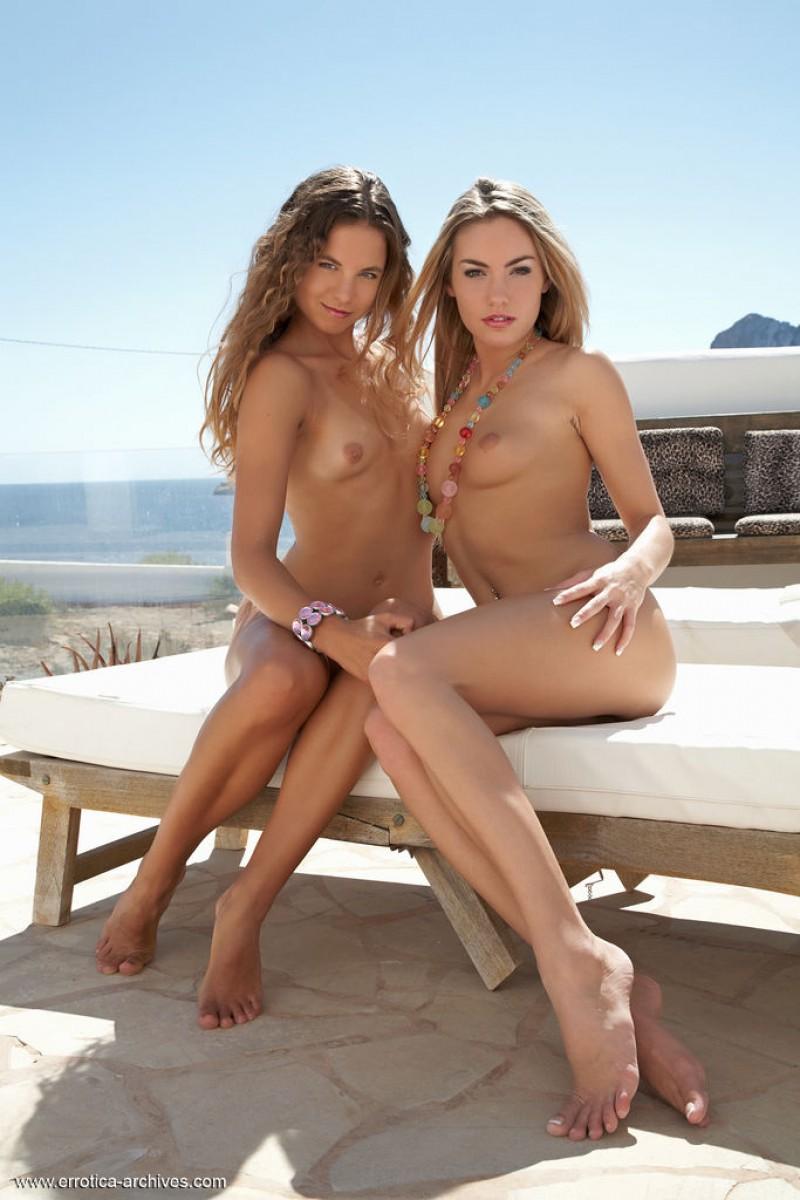 veronika fasterova naked duo at the beach