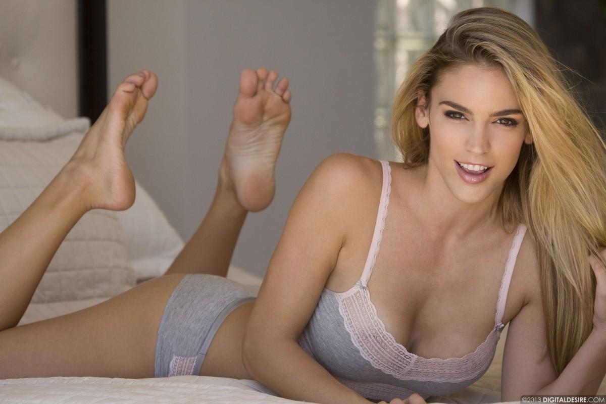 Anal lesbian massage