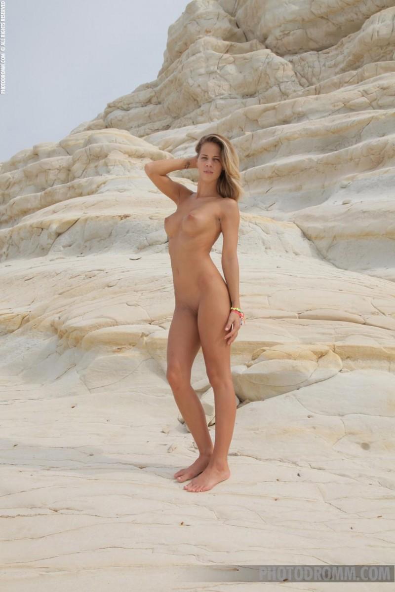latina bikini Search  XVIDEOSCOM