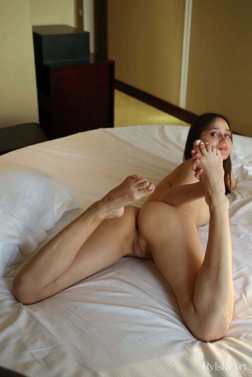 Latina rides in a hotel room in pasadena - 2 part 4