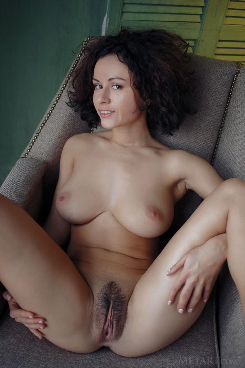 Hairy brunette sucks and fucks bbc creampie free porn 7