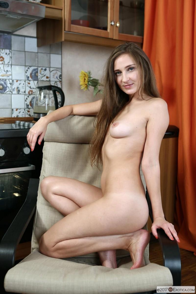 Hot Wife Alexandra Posing Naked-8898