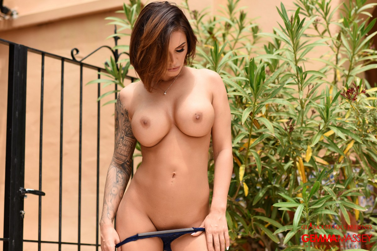 Zishy Nude Pics and Videos - Bunny Lust