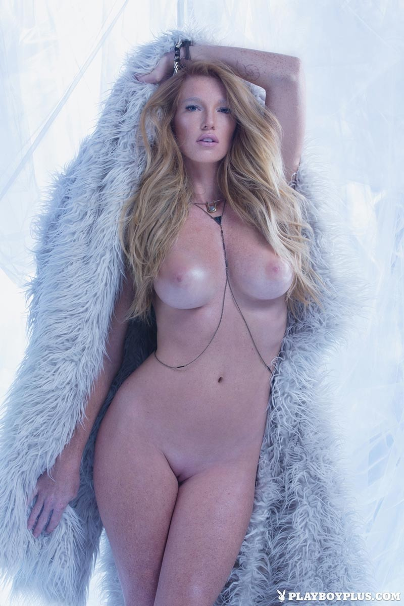 Bitch nude in coat tits pussy, omg