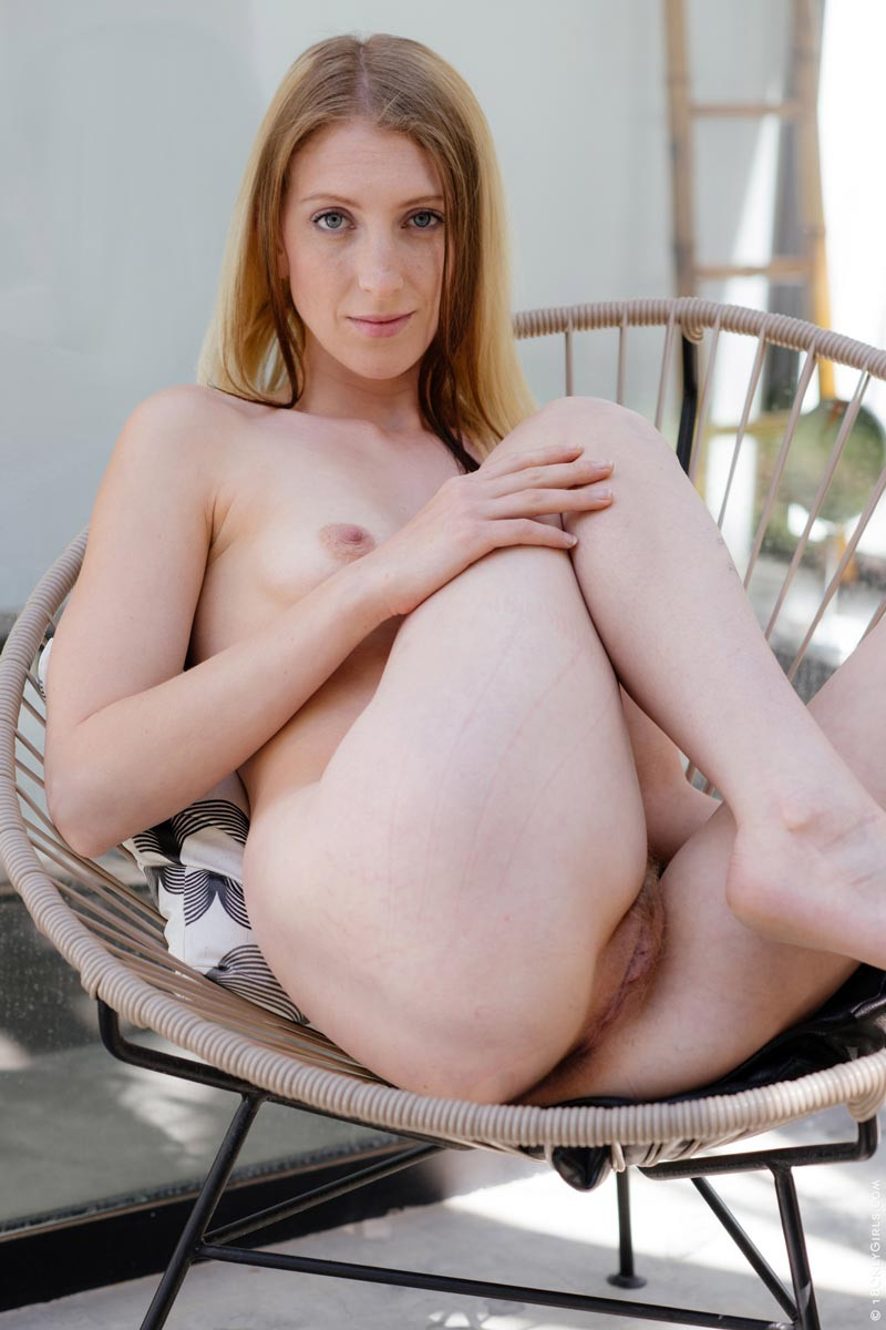 Linda Sweet Nude In A Chair-2465