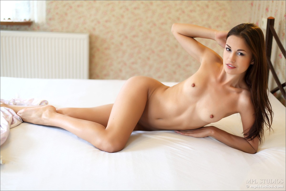 vibrator woman pussy